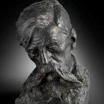 """Charles Van der Stappen, Buste de Verhaeren. Plâtre teinté en noir, dédicacé """"au poète Émile Verhaeren 1902"""". Archives et Musée de la Littérature, MLCO 00236."""