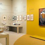 """Vue de la salle 2, """"Apollinaire, """"homme-époque"""""""". Exposition Apollinaire. Le regard du poète (c) : musée de l'Orangerie / Sophie Boegly"""