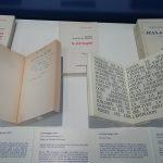 Dédicace de Luce Irigaray pour Ce sexe qui n'en est pas un (1977) et pages du Corps lesbien (1973) de Monique Wittig (Photo E. Sermier)