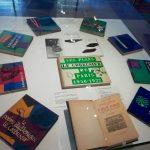 Ouvrages du Corbusier dans la collection « Forces vives » (Photo E. Sermier)